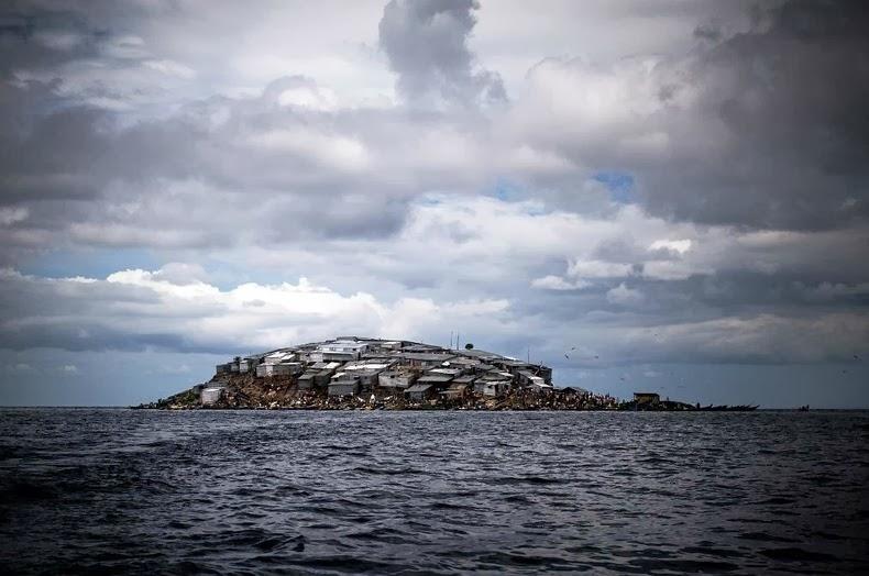 Insula-Migingo3