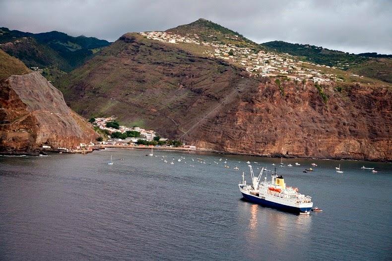 Insula-Sfanta-Elena2