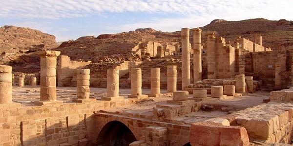 Petra – oraşul de piatră
