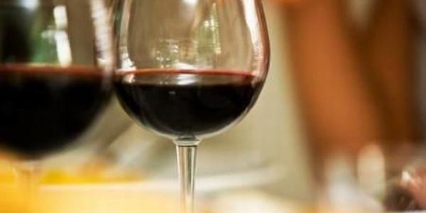 """Fetească neagră, """"rubinul vinurilor româneşti"""""""