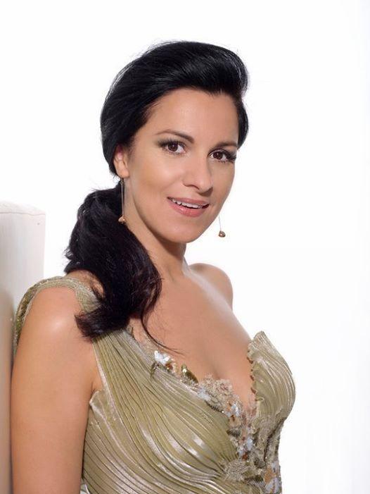Angela Gheorghiu-13