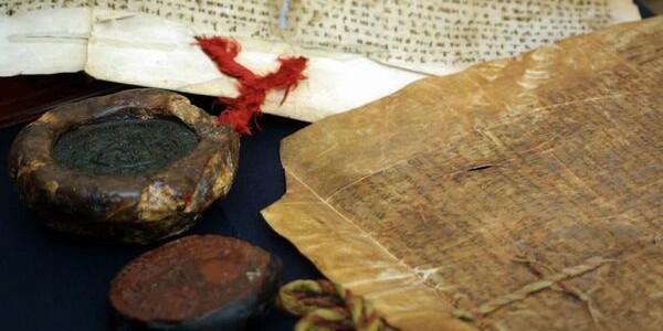 Restaurarea cărţilor vechi, între pasiune şi artă