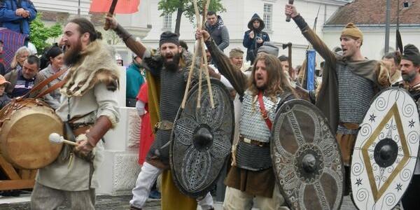 Festivalul Roman Apulum: Lupte şi ritualuri antice, cu daci, romani, celţi şi gladiatori