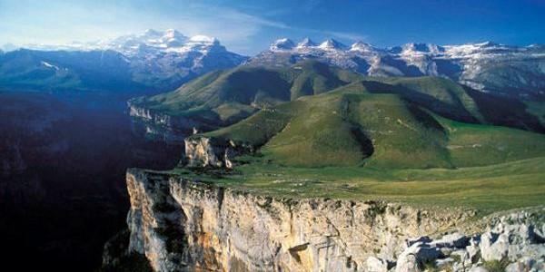 Muntele Pierdut, la graniţa dintre Spania şi Franţa