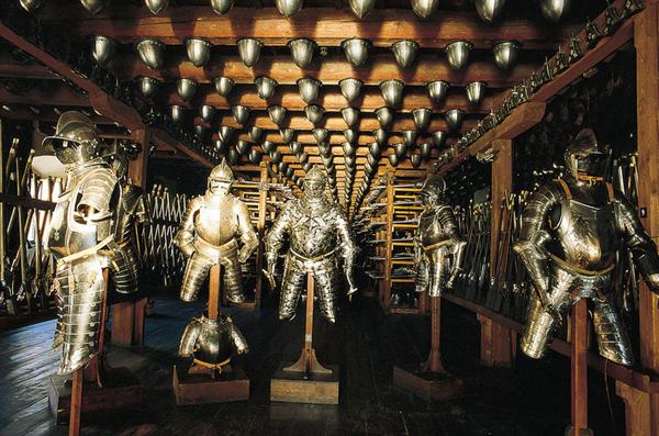 Muzeul de arme-01