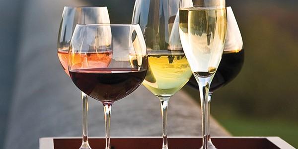 Vinuri recomandate în sezonul estival