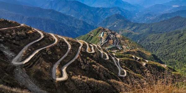 Drumurile mătăsii: reţeaua de rute din coridorul Chang'an-Tianshan