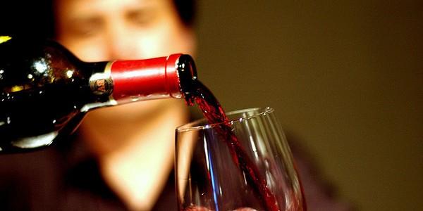 Reguli la servirea băuturilor