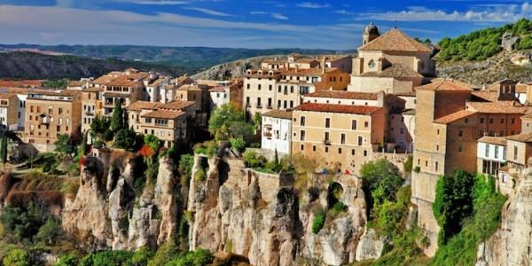 Soarele Spaniei, magnet pentru turiştii care ocolesc destinaţiile riscante