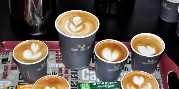 Zahăr verde din ştevie pentru îndulcit cafeaua