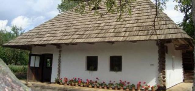"""Casa memorială """"Ion Creangă"""" din Humuleşti"""