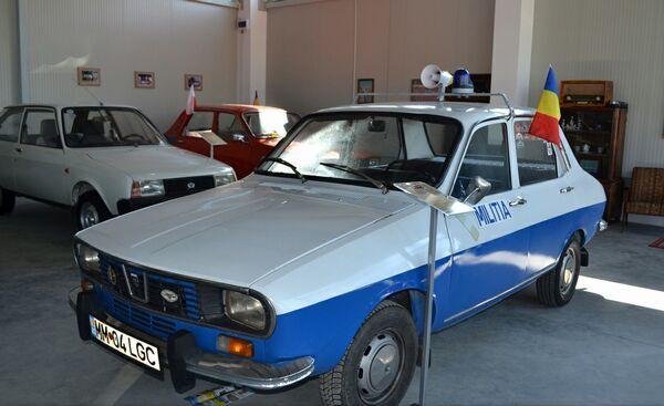 Muzeul masinilor Dacia-01