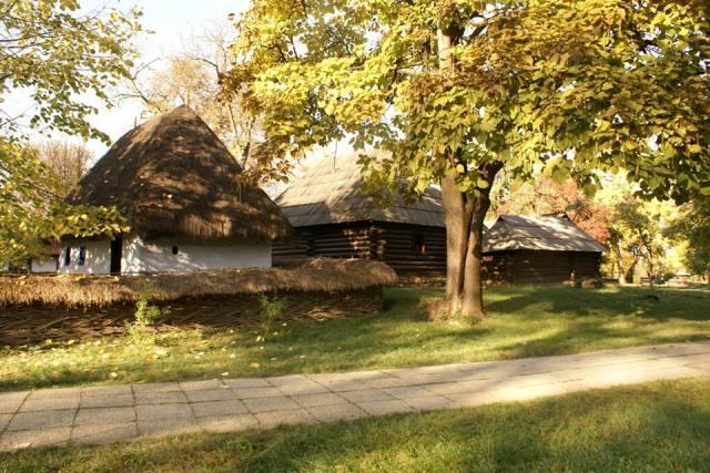 Muzeul-satului-07