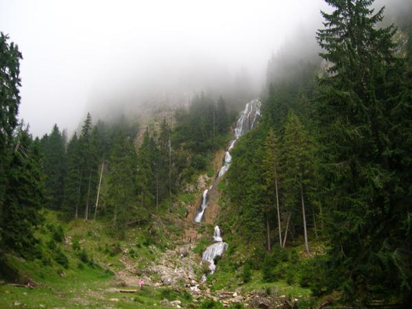 cascada-cailor-02