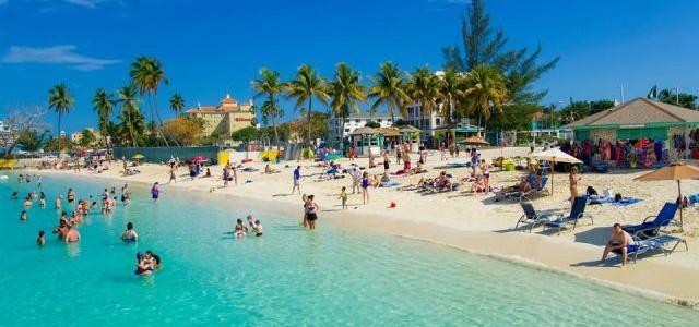 Bahamas: istorie, turism şi gastronomie