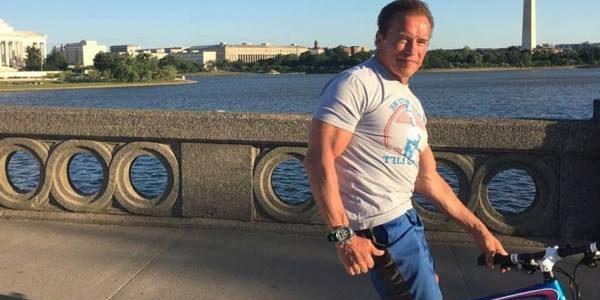 Schwarzenegger încă se trezeşte la 5 dimineaţa pentru a se antrena