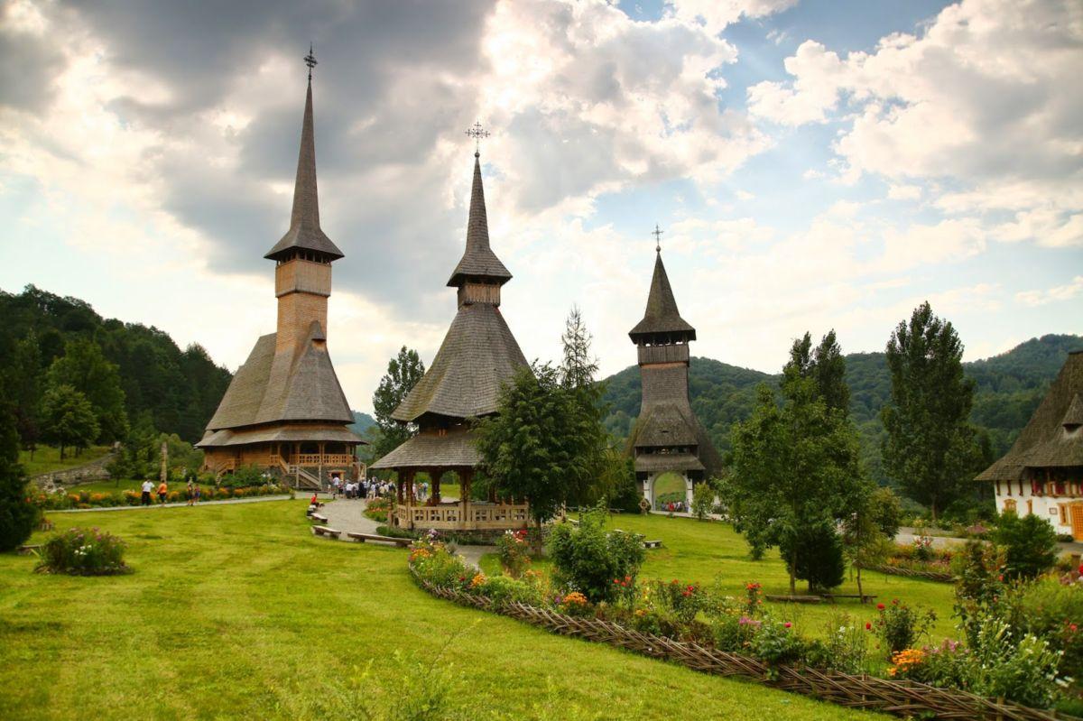 Biserica-Barsana