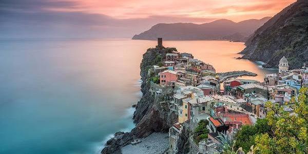 Bijuteriile turistice ale Italiei suferă de pe urma succesului lor