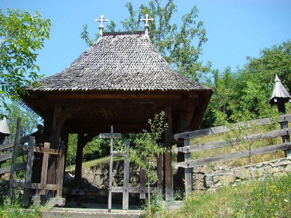 biserica-Barsana-06