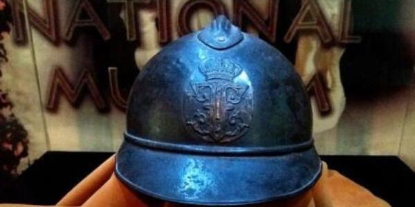O cască Adrian, exponatul lunii la Muzeul Naţional al Unirii