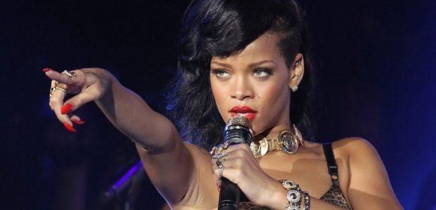 Rihanna a făcut Bucureştiul să strălucească precum un diamant