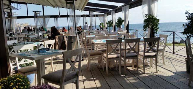 Produse expirate şi mizerie la cluburi de lux, terase şi hoteluri de pe litoral