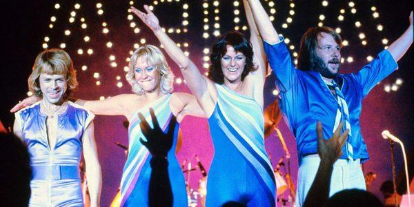 """ABBA revine """"pe scenă"""" cu un show virtual"""