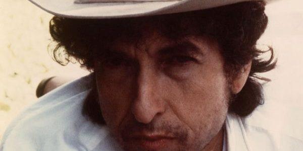 Bob Dylan a câştigat Premiul Nobel pentru Literatură