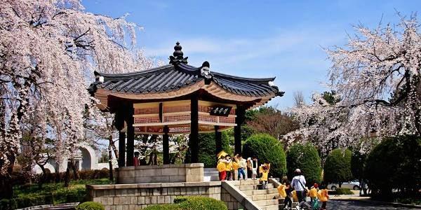 Republica Coreea: istorie, cultură, turism şi gastronomie