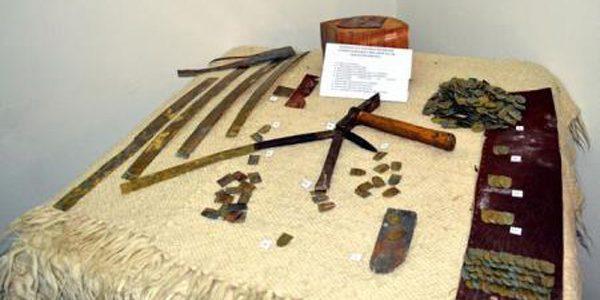 Expoziţie interactivă de arme vechi