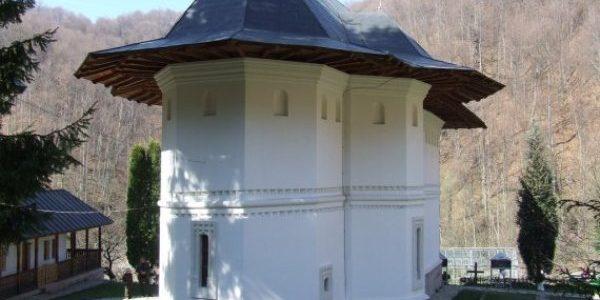 Mănăstirea Robaia, străveche vatră monahală