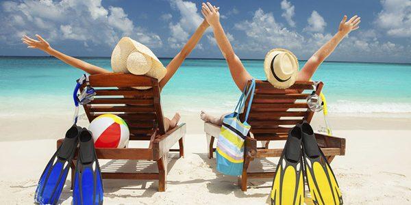 Bugetarii vor primi vouchere de vacanţă de la 1 iulie